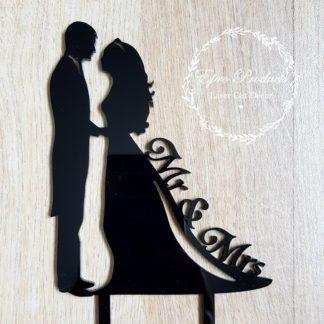 couple-wedding-cake-topper