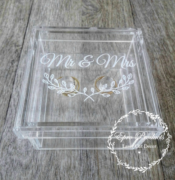 clear-laser cut-ring-box-mr & mrs