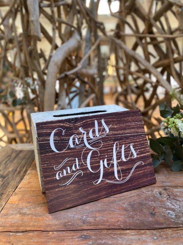 cards-gifts-signage-wedding