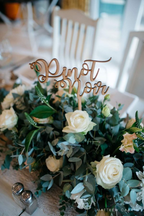 table-decor-wedding-wood
