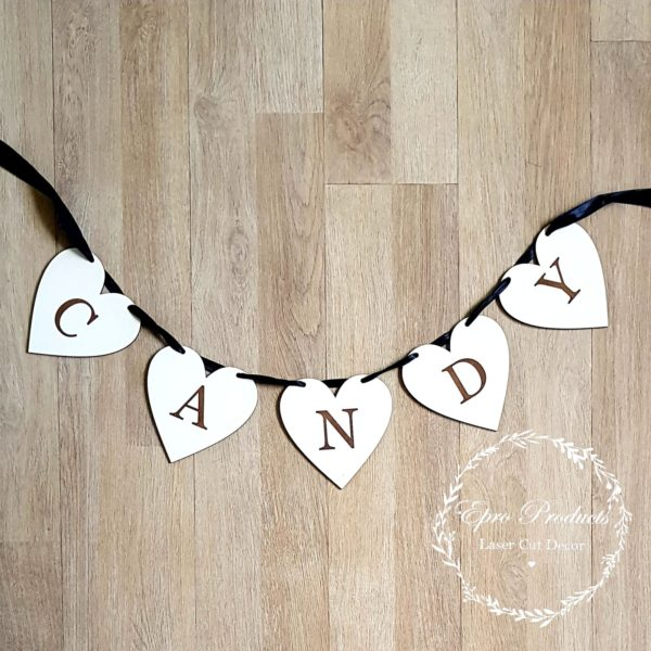 heart-candy-bunting-wedding