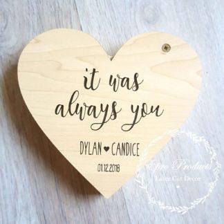 laser-cut-heart-wedding-ring box