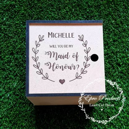 maid of honour-wedding-laser-box