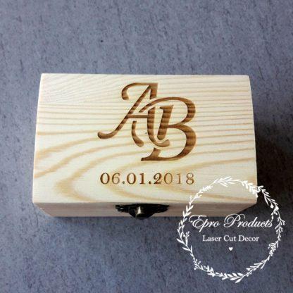 wood-laser-cut-ring box
