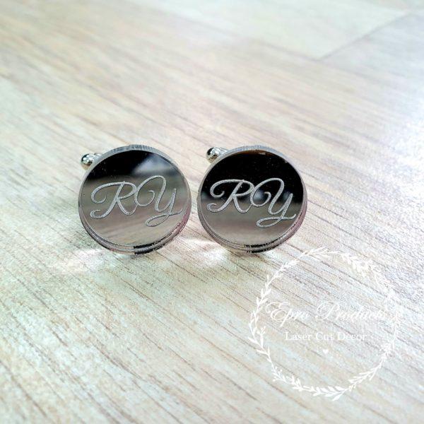 cufflinks-cursive-wedding-initials