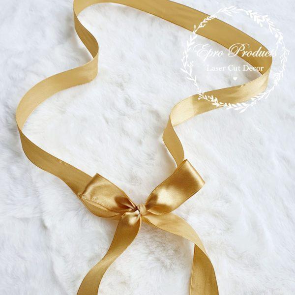 gold-ribbon-gift-box